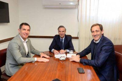De la mano de Pichetto, el intendente de La Plata suma tropa peronista en sus filas