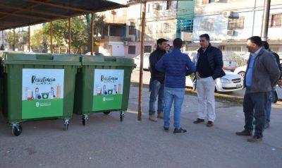 Nuevos contenedores de basura en el barrio Güiraldes
