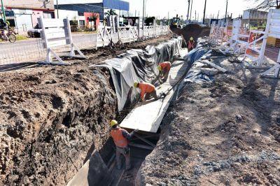 Avanza la obra hidráulica que busca mejorar la red de desagües en la zona del Cementerio