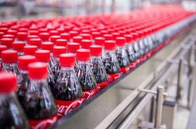 Coca-Cola FEMSA hace compras a Heineken y FEMSA