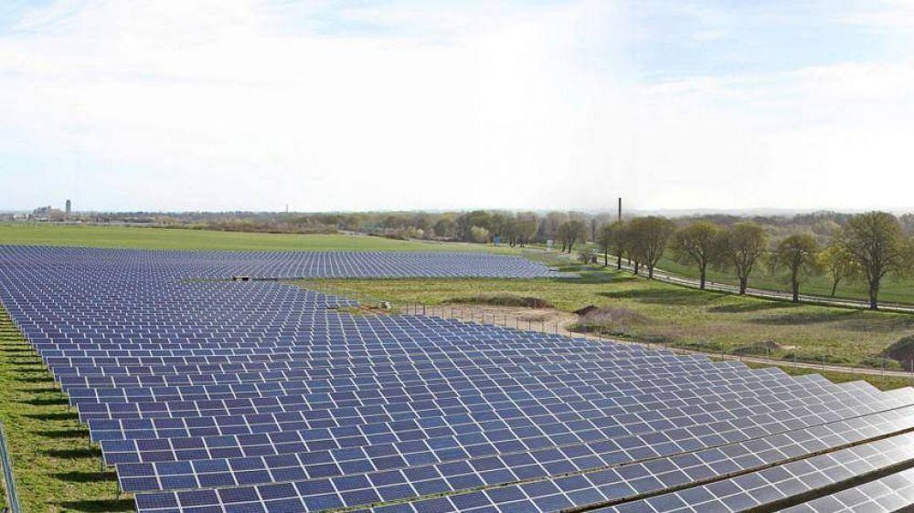 Púan: comenzará la obra del parque solar de generación de energía eléctrica en Villa Iris