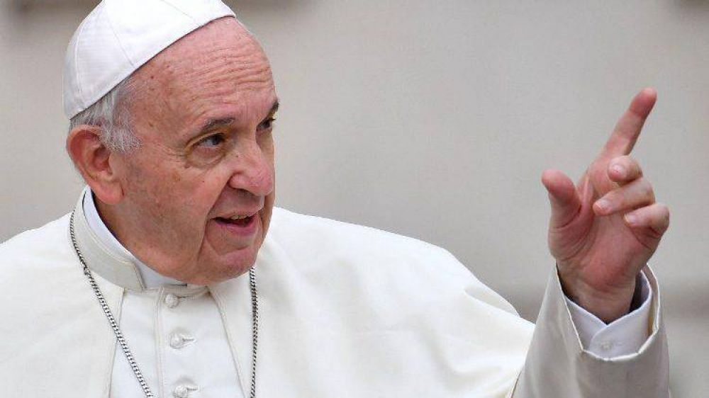 """Papa a Comunidades Laudato Si': """"sean el germen de una forma renovada de vivir"""""""