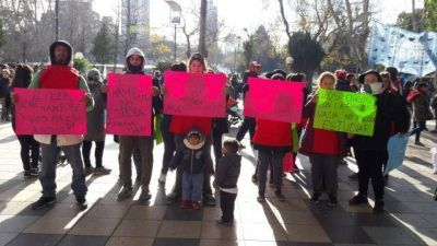 Organizaciones sociales realizaron una protesta en la Peatonal