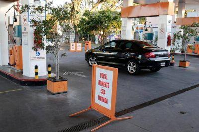 Se agudizan las penurias para cargar GNC en las estaciones de servicio de la Región