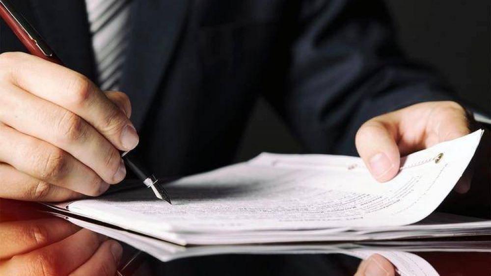 La AFIP analiza aplicar una retención a cuenta de impuestos para las compras de inmuebles en efectivo