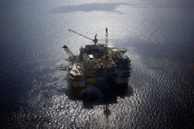 Las embarcaciones se ocultan para enviar petróleo venezolano a Cuba