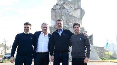 La primera foto de Fernández, Massa y Kicillof: gestos y elogios mutuos en el comienzo de la campaña