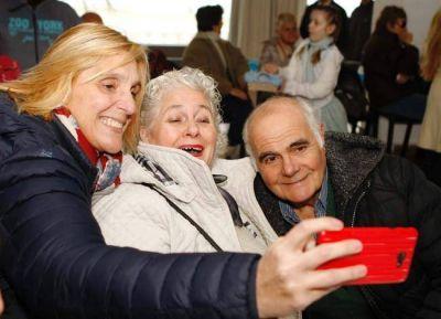 """Vilma: """"Trabajaremos para que nuestros abuelos envejezcan activamente"""""""