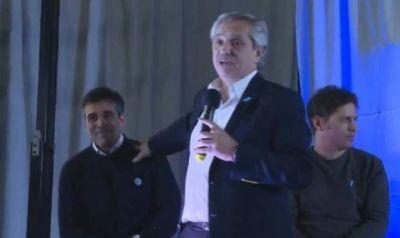 Facundo López junto a Alberto Fernández: