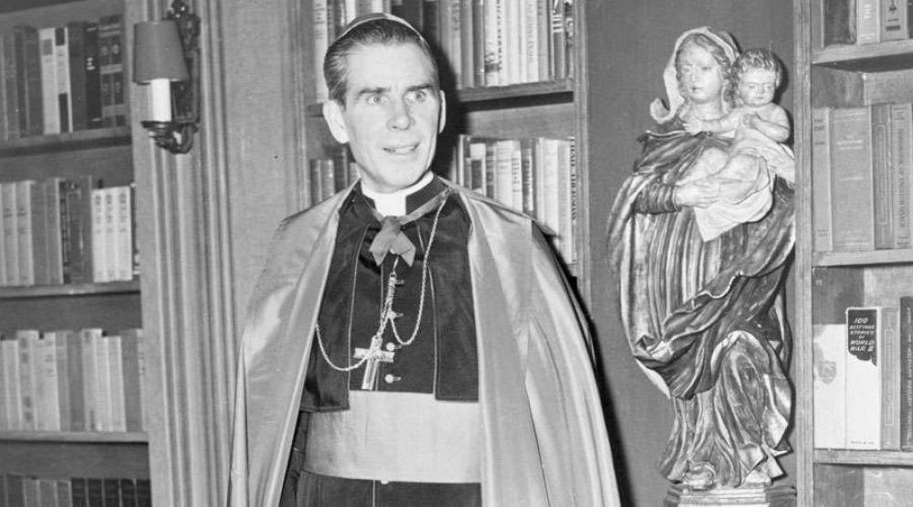 Este es el milagro que hará beato a Arzobispo estrella de TV