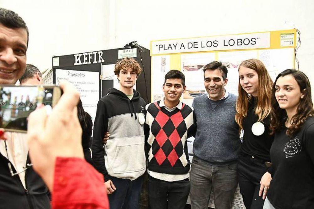 En la apertura de la Feria Distrital, López valoró la defensa de la ciencia y la tecnología