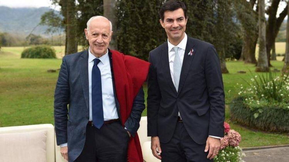 Roberto Lavagna y Juan Manuel Urtubey apuestan a resistir la extrema polarización y buscarán votos en el interior del país