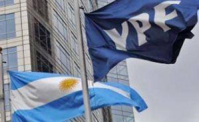"""Caso YPF: Gobierno plantea que la compra de acciones de Petersen es """"dudosa"""""""