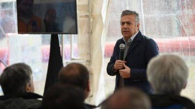 """Cornejo en YPF: """"Somos reconocidos por el vino, pero del petróleo vive más gente"""""""