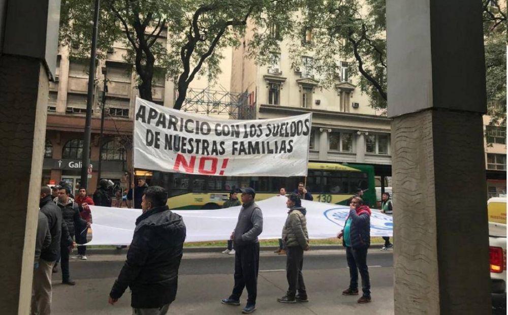Inesperada interna en el oficialismo: Triaca y Barrionuevo le plantaron una protesta de vigiladores a Sica en Trabajo