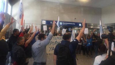 Se levantaron las protestas de controladores aéreos
