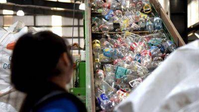 Residuos plásticos: cómo se trabaja en la Argentina para enfrentar este problema global