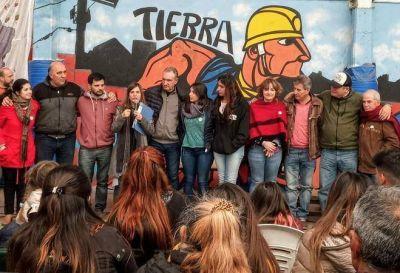 Raverta participó de un festejo popular por el 9 de Julio en el Barrio Jorge Newbery