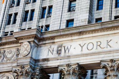 Gritos, tensión y una orden de negociar en la primera audiencia por el juicio de YPF