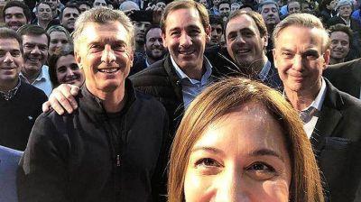 Macri apela al 'voto bisagra' para sumar en la polarización