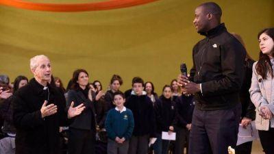 """Peter Tabichi, hermano franciscano y Nobel de Educación: """"Me ocupo también de la espiritualidad de los alumnos"""""""