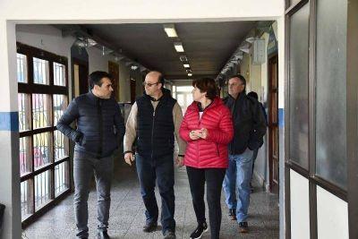 Energías Renovables: López observó el avance de la ampliación en la Escuela Técnica Nº 1