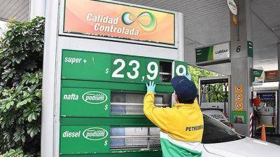 ¿Habrá un nuevo aumento de combustibles en agosto?