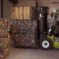 Río Cuarto: recuperan plástico en planta municipal