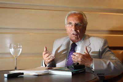 Héctor Recalde denunció que el gobierno pretende imponer la reforma laboral por decreto