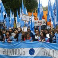 Sadop denuncia centenares de despidos sin causa y el conflicto docente se extiende al ámbito privado