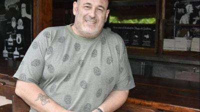 """Pañuelo celeste: Santiago Cúneo se lanza a la gobernación con la lista """"Por la vida"""""""