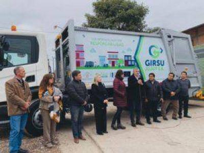 Municipios reciben equipamiento para fortalecer la recolección de residuos