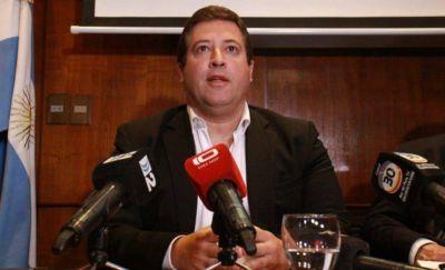 """Mourelle dijo que el funcionario desplazado se iba antes y acusó al contador de ser """"pultista"""""""