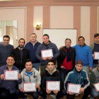 El Intendente entregó diplomas a los egresados del Curso de Carpintería en Aluminio
