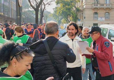 Spataro movilizó a la tropa en defensa de los despidos de la Biblioteca Nacional