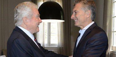 Mauricio Macri busca el voto evangélico para compensar la distancia de la Iglesia Católica