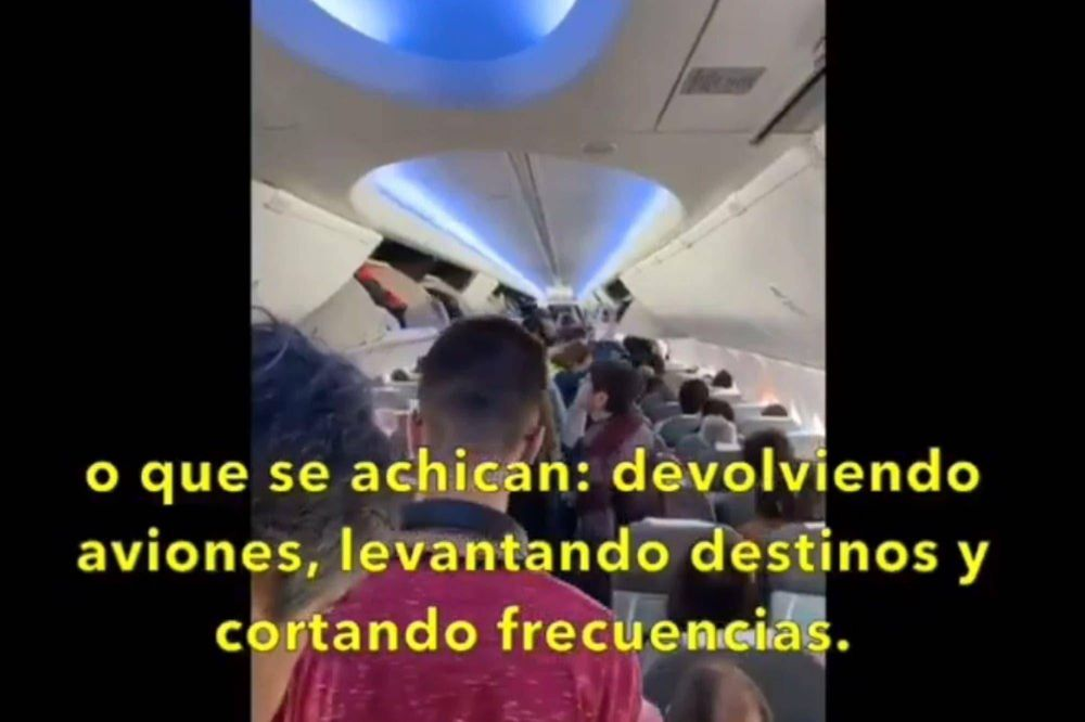 El Gobierno acusa a los pilotos de querer