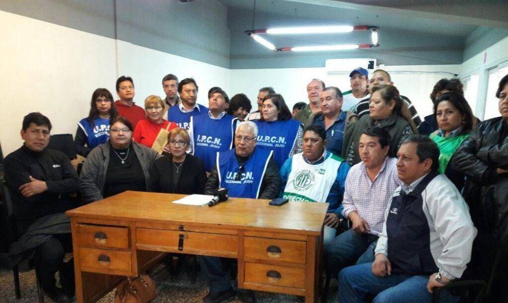 Estatales jujeños le piden a Morales que reabra la paritaria