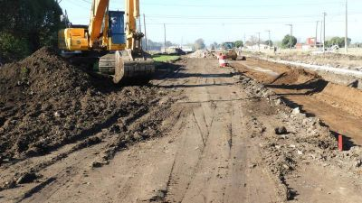 Avanza la segunda etapa de obra para la pavimentación de la avenida 531