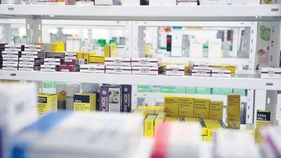 Empleados de farmacia y farmacéuticos se sumaron al reclamo de