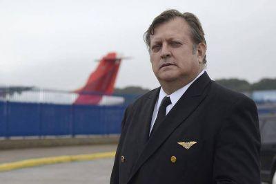 La campaña de los aeronáuticos pasa al cara a cara en Aeroparque
