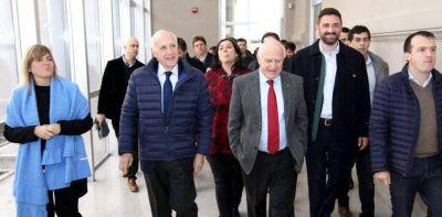 """Roberto Lavagna aseguró que el oficialismo le pidió """"en reiteradas ocasiones"""" que baje su candidatura"""