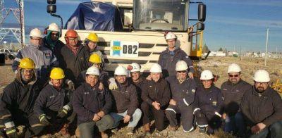 Llugdar visitó un equipo de alta tecnología en Koluel Kaike