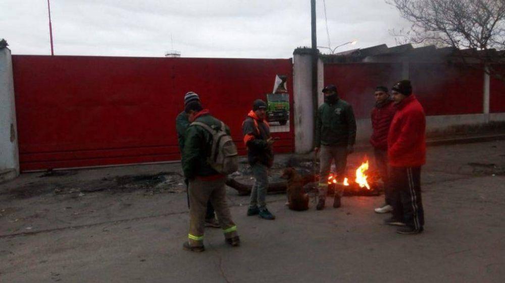 Una docena de despidos en una transportista tucumana