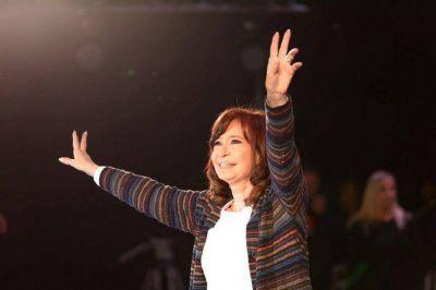 Cristina cierra la semana con un hat trick electoral