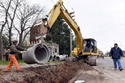 Encaran una obra hidráulica en San Carlos para mejorar la red de desagües