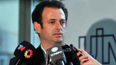 """La UIA cruzó a Macri por la reforma laboral: """"No se puede ir contra los derechos de los trabajadores"""""""