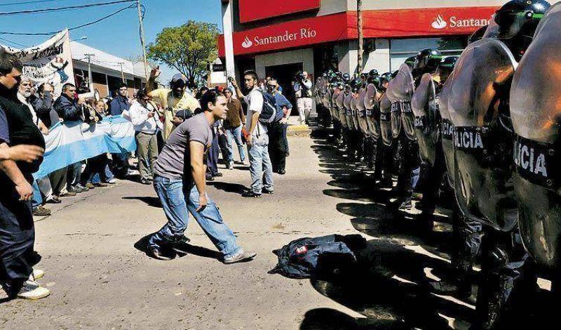 Kraft: la Bonaerense impidió un corte en la Panamericana