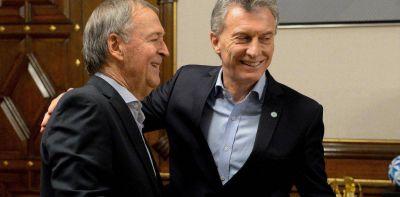 """""""Sin dólar estable, no hay Pichetto que valga"""""""