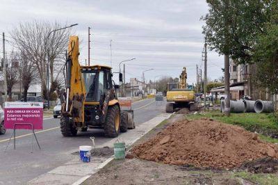 El municipio puso en marcha una importante obra hidráulica en San Carlos que permitirá mejorar el sistema de desagües